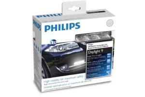"""""""Philips"""" pristato naujos kartos dienos šviesos žibintus"""
