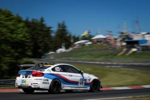 Hankook is supplying the tyres for the new BMW M4 GT4. Starting immediately, the customer racing models from the Munich-based premium car manufacturer will be exclusively fitted with Hankook race tyres and will be sold to motorsport enthusiasts in customer racing teams all over the world.