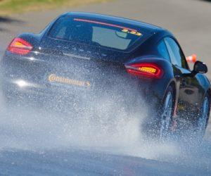 Lyjant lietui saugokitės akvaplanavimo (patarimai kaip suvaldyti slystantį automobilį)