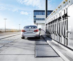 Išmetamo anglies dvideginio kiekio sumažinimas naudojant sintetinį kurą
