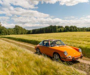 """""""Oranžinis meistriukas"""" - klasikinio automobilio atnaujinimas"""