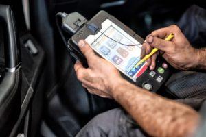 Ar naudojate elektronines automobilių serviso knygeles? Apklausa.