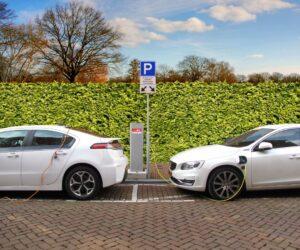 Hibridinių ir elektrinių automobilių remontas – apklausa