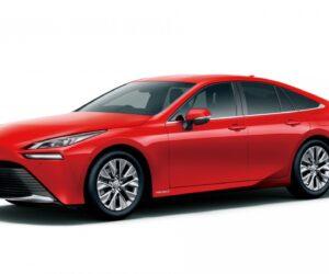 "KYB tiekia amortizatorius vandeniliu varomiems ""Toyota Mirai"" automobiliams"